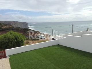 Casa com 2 quartos a 500m da praia, Aljezur