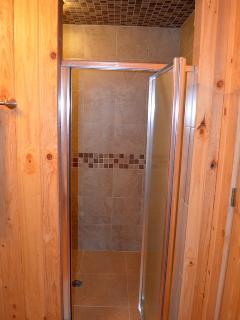 oversized walk in shower in kickapoo