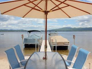 100 ft private beach, sleeps 14, 5 bedroom, 3 bath