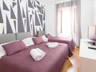 Cozy&charming apt. 2 min. from Coliseum