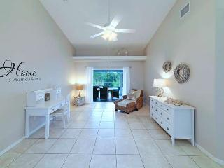 New furnished and remodeld with  Pool SOUTHFACING, Cape Coral