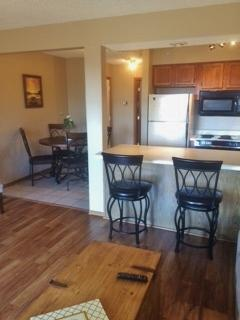 Branson Vacation 1 Bedroom Condo with Pools, WiFi,