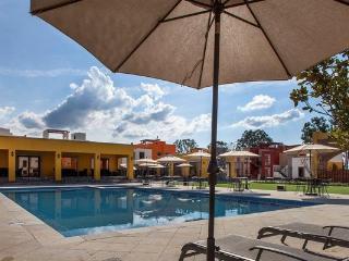 Depa de Lujo en Condominio con alberca y jacuzzi, San Miguel de Allende