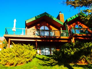 Fabulous 4 Bdrm walkout Townhome with great views, Fairmont Hot Springs