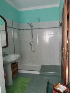 Bagno 2 (con doccia p rimo piano)