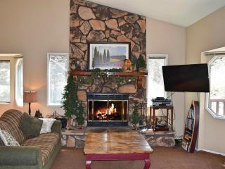 Lazy Bear Lodge, Big Bear City