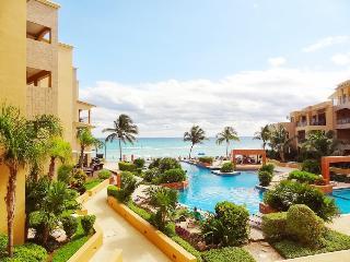 2 Bedroom Condo with Ocean View, Playa del Carmen