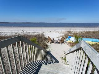 21 Teresa Lane - Luxury Amenities - Panoramic Vistas of Tybee Beach and the Savannah River Entrance and Atlantic Ocean, Tybee Island