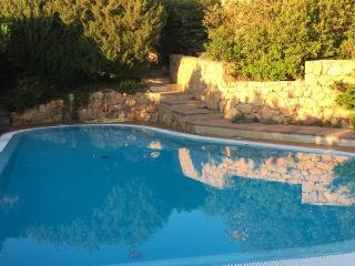 Villa Costa paradiso  relax con Jacuzzi riscaldata, Costa Paradiso