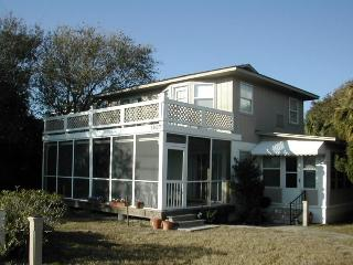 1807-A Butler Avenue - A Classic Tybee Beach House Just a Short Walk to the