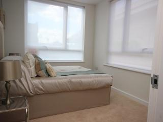 Hatfield town centre - luxury 2 bed 2 bath