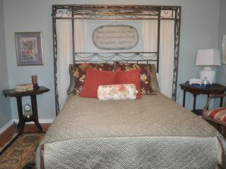Queen size bed makes it comfortable for couples.