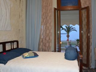 Deluxe Room with Sea View-Split Level, Beachfront