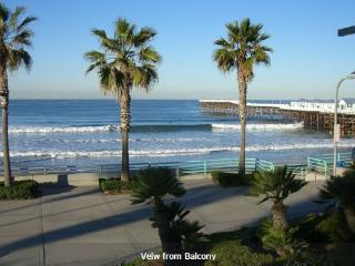 Oceanfront Condo w/ Panoramic Ocean & Beach View!!