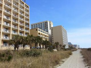 Fantastic rate on this oceanfront studio, Myrtle Beach