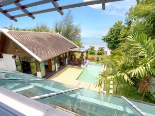 Emerald Sands - 4 Bed Beach Villa