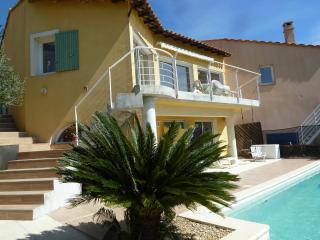 Maison 110 M² , vue mer, piscine 8m X 4m, à Hyères