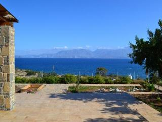 VILLA THEA-SEA BLOSSOM, Agios Nikolaos