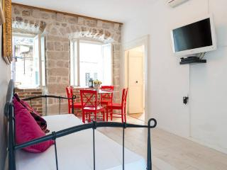 House for rent  - DUBROVNIK OLD HOUSE-, Dubrovnik