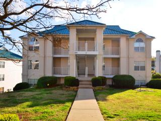 Great Location Completely Updated 2 Bdrm Upscale, Branson