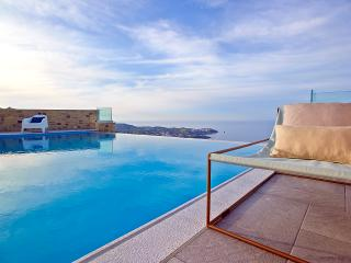 Sky & Sea are merging in Blue Key Villa, Agia Pelagia