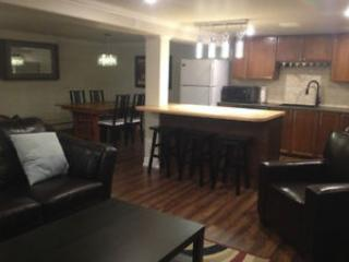 Furnished modern 2 bedroom executive lease, Barrie