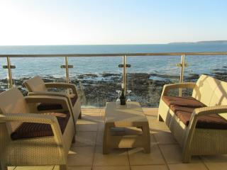 Luxury Beachside Apartment, Westward Ho