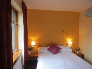 Abbey View Bed & Breakfast Twin Room, Galway