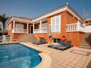 Villa Papillon, Callao Salvaje