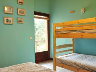 Habitación triple Ponzos, Ferrol