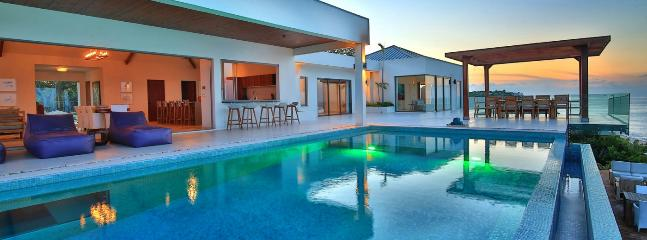Villa Amandara 4 Bedroom SPECIAL OFFER, Terres Basses