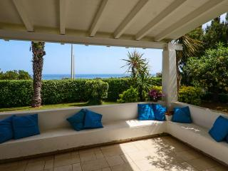Villa al Mare SanGiovanni a few steps from the sea