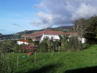 Farmhouse with panoramic view over Pico, Horta