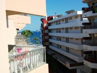 BONITO PISO A PIE DE PLAYA, Ibiza Town
