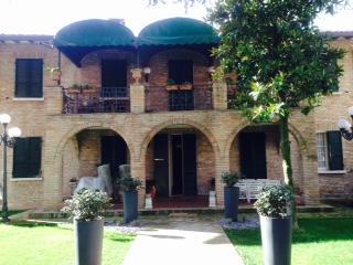 Majestic two storey villa within walled garden, Longiano