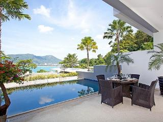3 bed Patong villa with sea views
