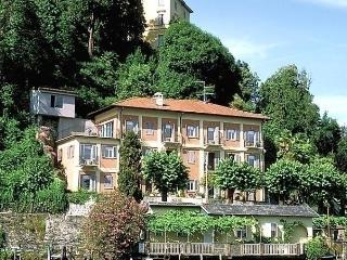 Casa sul lago, Orta San Giulio