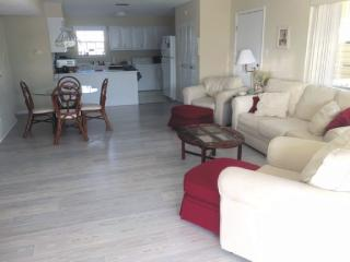 Spacious Condo w/ 2 King Beds and Two Single Beds