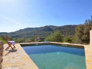 Country cozy house with pool Mallorca 4pax, Andratx