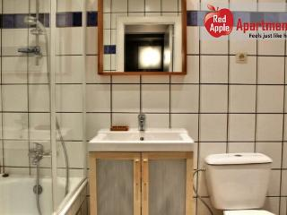 Cosy and Practical Studio in the Heart of Liege - 7260, Lieja