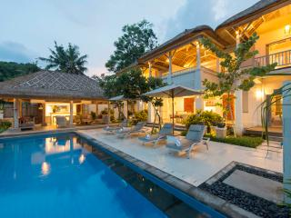 Four bedroom Coral Villa - on Tamarind Beach, Nusa Lembongan