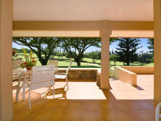 14P7-Exceptional Views! 2B/2B Bath Beautiful Condo, Lahaina