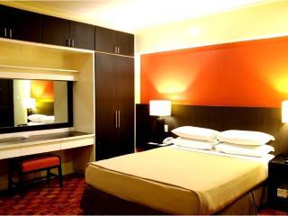 Copacabana Hotel - 2 Bedroom Deluxe Suite - 4, Pasay