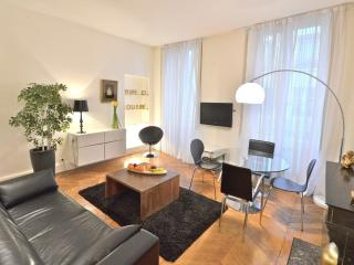 Pompidou Village, 1BR/1BA, 4 people.