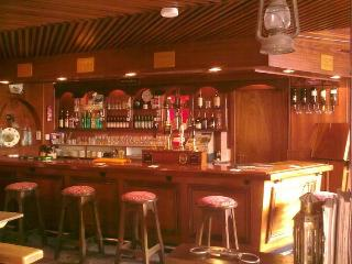 World's 1st Self Catering Pub - Conroy's Old Bar