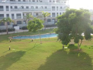 Apartamento de 2 dormitorios en Oliva