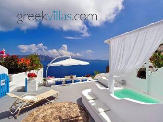 Greek Villas Santorini - Dream Blue Villa with outdoors jacuzzi