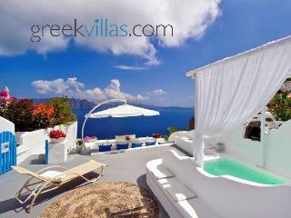 Greek Villas Santorini - Dream Blue Villa with outdoors jacuzzi