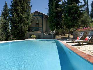 Greek Villas - Lefkada - Idyllic Villas  Superior with private pool & 2 bedrooms