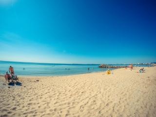 Visit Sunny Beach Prestige 3-bedroom aparts